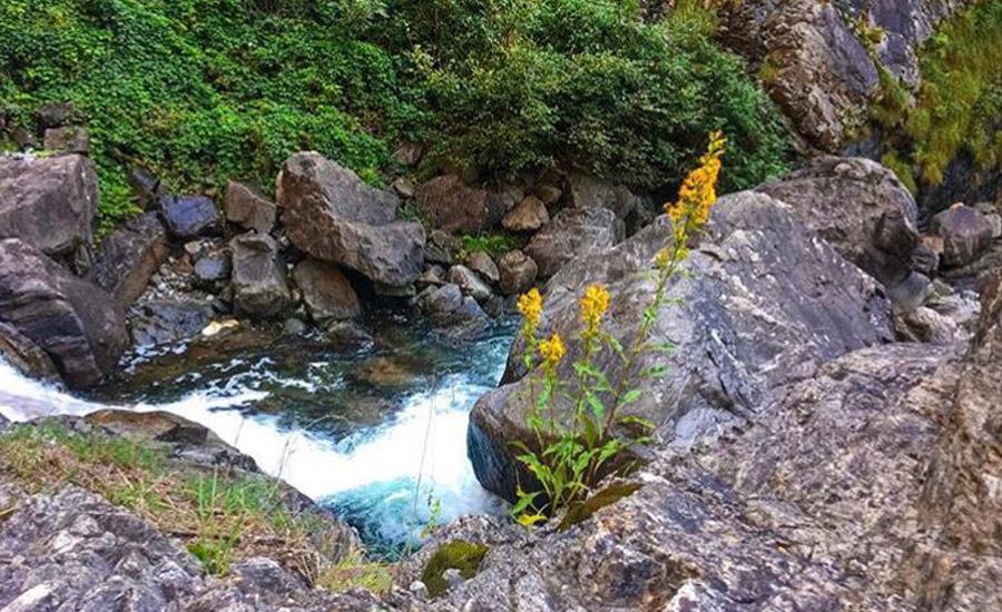 cascata della troggia una piscina naturale