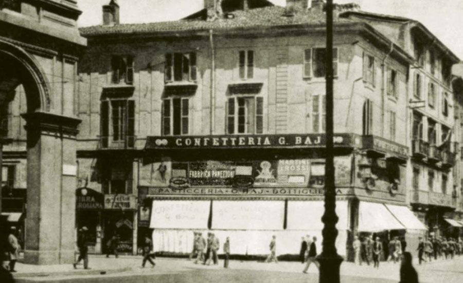 baj-panettone-milano